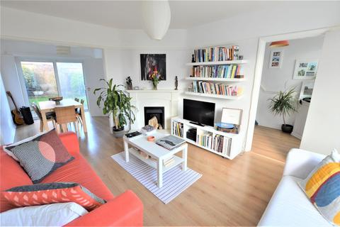 3 bedroom semi-detached house for sale - Lonsdale Road, Stamford