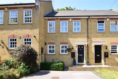 3 bedroom terraced house for sale - Conway Mews, Brompton, Gillingham, Kent