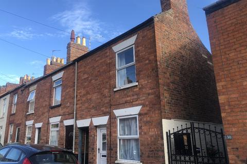 2 bedroom terraced house to rent - Stuart Street, Grantham, Grantham, NG31 9AF