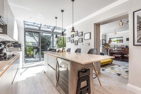 5 bedroom detached house for sale - Vale Road Bromley BR1