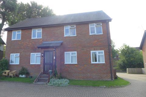 2 bedroom flat to rent - Jusons Glebe, Wendover, HP22