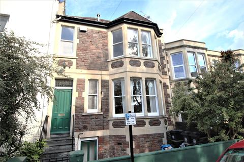 3 bedroom property to rent - St Matthews Road, Bristol, BS6