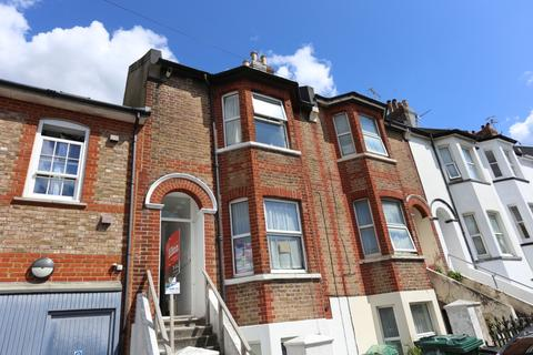 7 bedroom terraced house to rent - Brading Road, Brighton