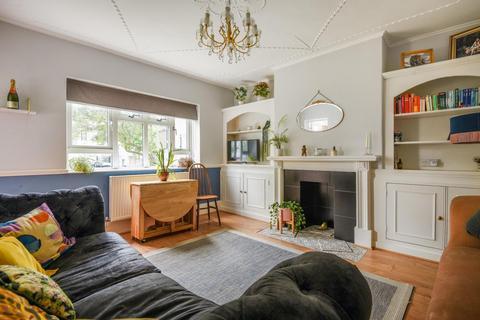 3 bedroom flat for sale - Effra Parade, Brixton