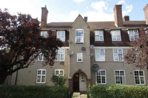 2 bedroom flat to rent - Two Bedroom Ground Floor Flat   Edgware