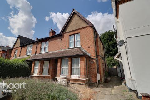 1 bedroom maisonette - St Marks Road, Enfield