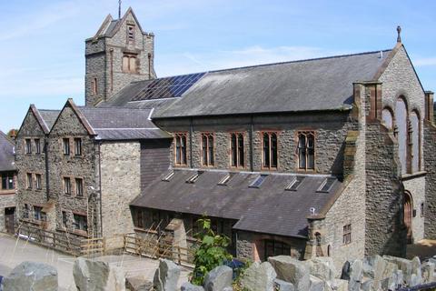 2 bedroom apartment for sale - Tabernacle Chapel, Garth Road, Bangor, Gwynedd, LL57
