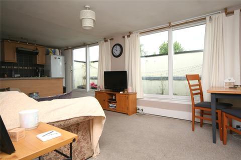 2 bedroom apartment to rent - Priory Street, Cheltenham, Glos, GL52