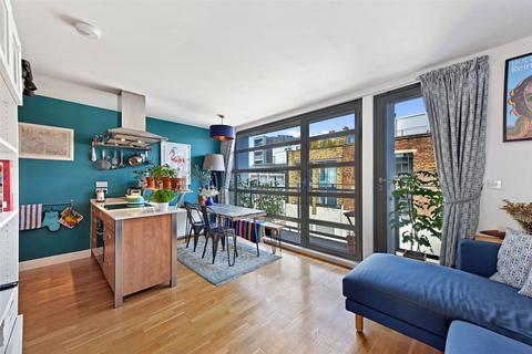 2 bedroom apartment for sale - Treadway Street, Bethnal Green, London, E2