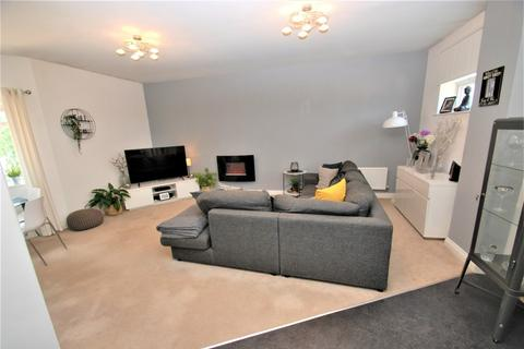 2 bedroom flat for sale - Redwood Avenue, South Shields