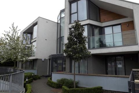 2 bedroom apartment to rent - EDGWAREBURY LANE