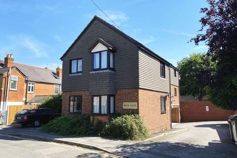 Studio for sale - Runnemede Road, Egham, TW20