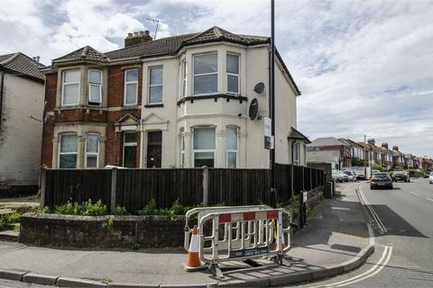 Detached house to rent - 763 Portswood Road, Swaythling, SOUTHAMPTON, Hampshire