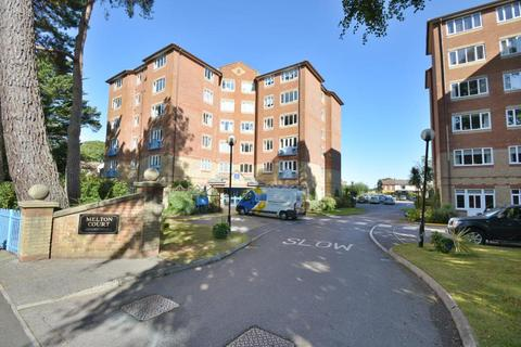 2 bedroom flat for sale - Melton Court, Poole, BH13 6BH