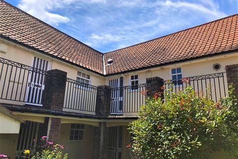 2 bedroom flat to rent - Framlingham