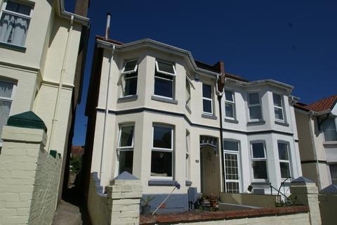 4 bedroom semi-detached house - Kings Road   Paignton