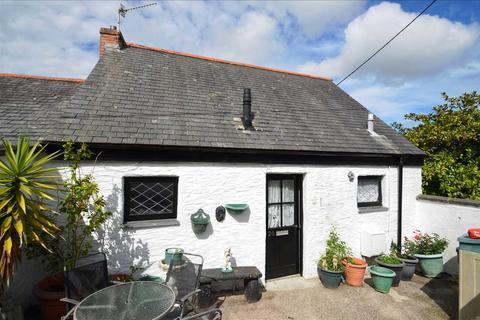 2 bedroom cottage for sale - PENRYN