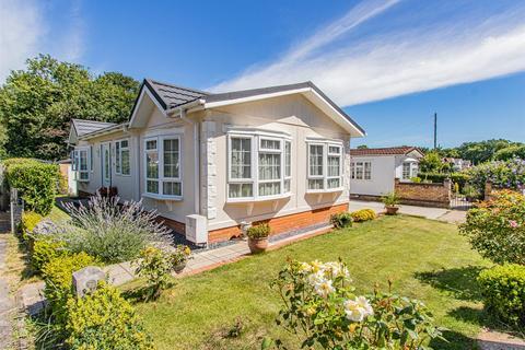 2 bedroom park home for sale - Wyatts Covert, Denham Green, Denham