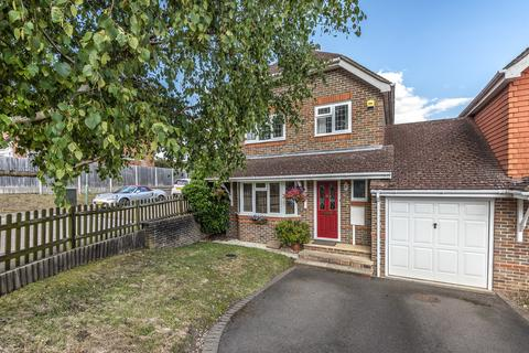 4 bedroom detached house for sale - Bell Farm Gardens, Maidstone