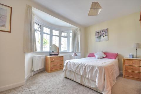 3 bedroom terraced house to rent - Hartland Drive, Ruislip, Middlesex, HA4 0TQ