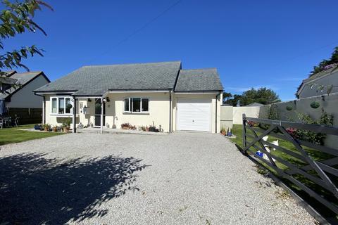 2 bedroom detached bungalow for sale - Rosudgeon, Penzance