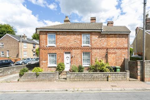 2 bedroom semi-detached house for sale - Cromwell Road, Tunbridge Wells
