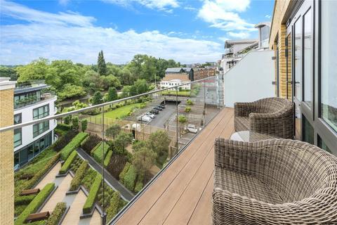 3 bedroom flat for sale - Quayside House, 8 Kew Bridge Road, Brentford, Middlesex