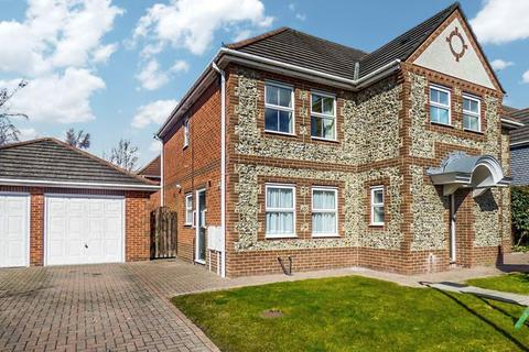 5 bedroom detached house for sale - Norham Drive, Morpeth, Northumberland, NE61 2XA