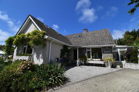 4 bedroom detached bungalow for sale - Water Lane, St. Agnes