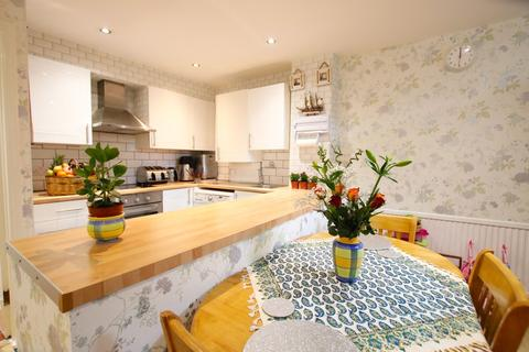 2 bedroom end of terrace house for sale - Spooners Mews