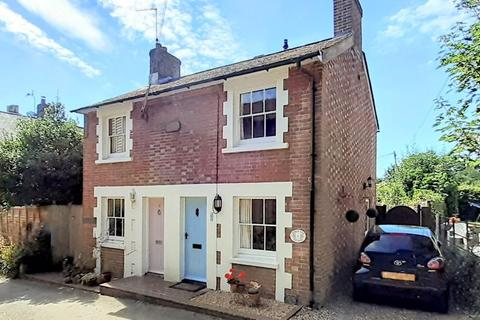 2 bedroom semi-detached house for sale - Francis Road, Lindfield, West Sussex