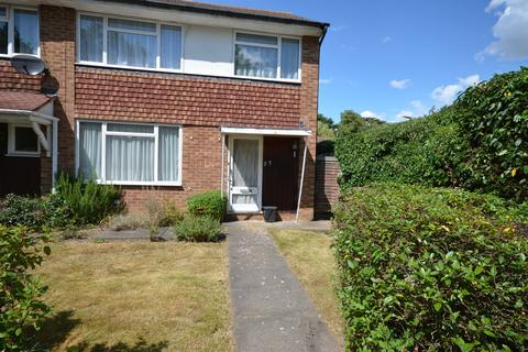3 bedroom end of terrace house for sale - Fontwell Close, Harrow