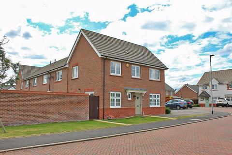 3 bedroom semi-detached house for sale - Abney Close, Bilston, WV14 0AN