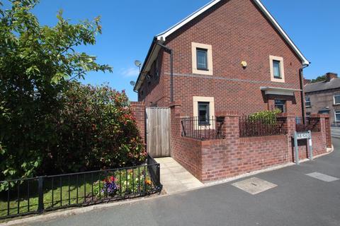 3 bedroom semi-detached house for sale - Manchester Road, Castleton OL11 2TL