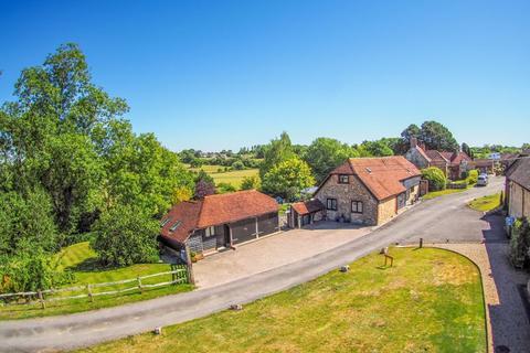 3 bedroom barn conversion for sale - Kithurst, Storrington