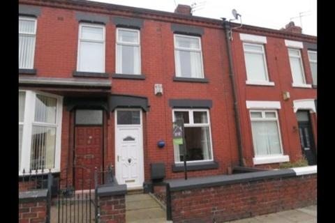 2 bedroom house to rent - York Road, Denton, Manchester