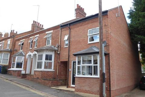 3 bedroom end of terrace house for sale - Grosvenor Road, Banbury