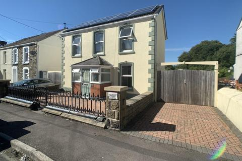 3 bedroom detached house for sale - Glanyrafon Road, Pontarddulais, Swansea