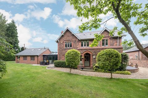 5 bedroom farm house for sale - Barkers Hollow Road, Dutton, Warrington
