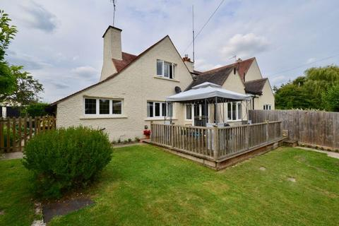 3 bedroom semi-detached house for sale - Manor Cottage, Wickhamford, Evesham, WR11 7SA