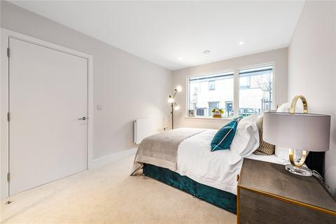 1 bedroom flat for sale - Hounslow Place, White Bear Lane, Hounslow, TW3