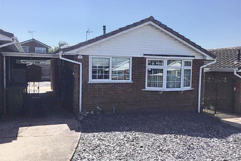 2 bedroom bungalow for sale - Sylvan Way, Stafford, ST17 4RZ