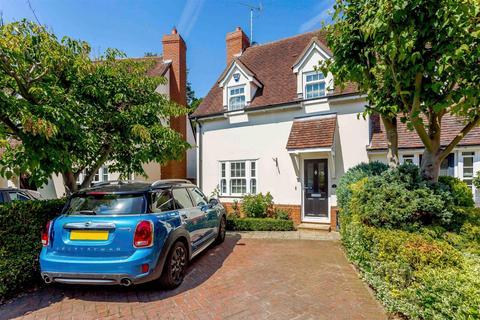 3 bedroom semi-detached house for sale - Austen Drive, Stock, Ingatestone