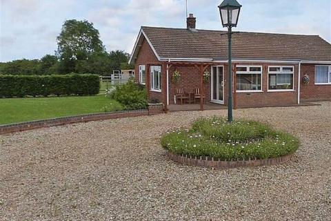 3 bedroom detached bungalow for sale - Cut End Road, Fishtoft, Boston