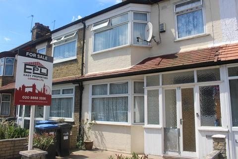 3 bedroom terraced house for sale - Baxter road, London