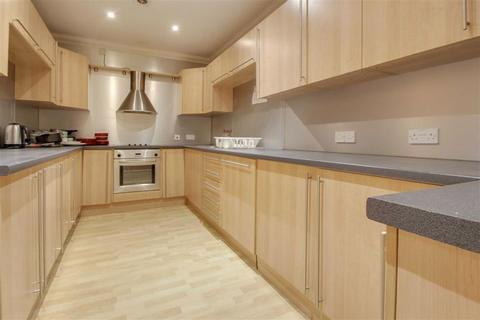 4 bedroom apartment to rent - Clarence House, Central Milton Keynes, Central Milton Kerynes
