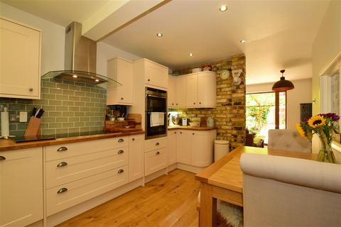 3 bedroom terraced house for sale - Chapel Wood, New Ash Green, Longfield, Kent
