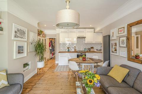 3 bedroom flat for sale - Gleneldon Road, Streatham