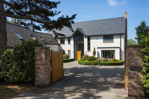 6 bedroom detached house for sale - Thirsk Road, Easingwold, York, YO61
