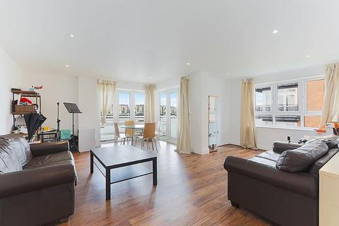 3 bedroom flat to rent - St. Davids Square, Nr Canary Wharf, London, E14
